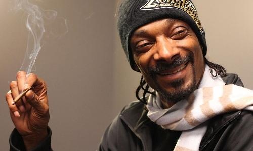 Co Relaksuje Snoop Dogga? Odkurzanie i Marihuana, kanabis.info