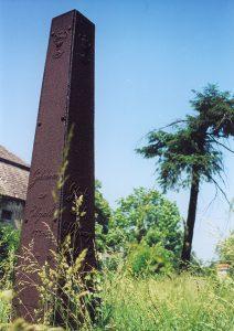 Unikatowy obelisk z Pruszkowa