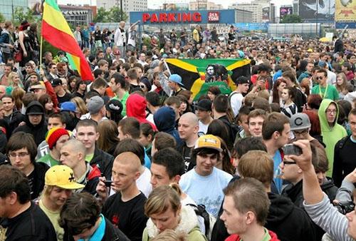 Marsz Wyzwolenia Konopi 2014 Warszawa już 24.05.2014, kanabis.info