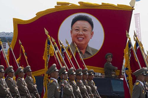 Byly oficer z Korei Polnocnej Armia eksperymentuje